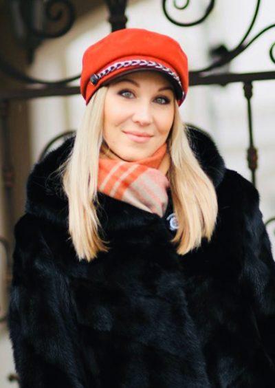Ludmila, 36