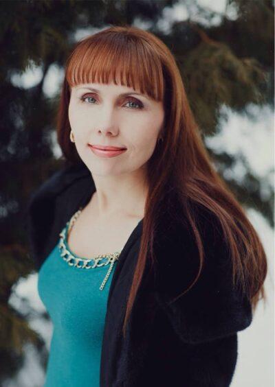 Anna, 42