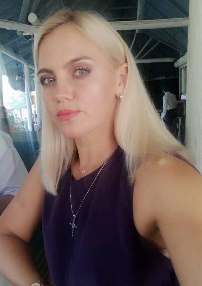 Irina, 40