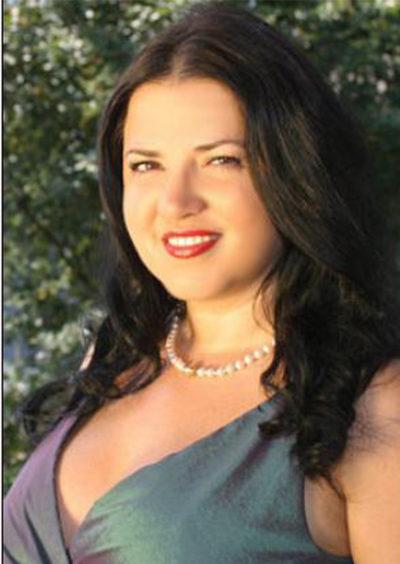 Valentyna, 47
